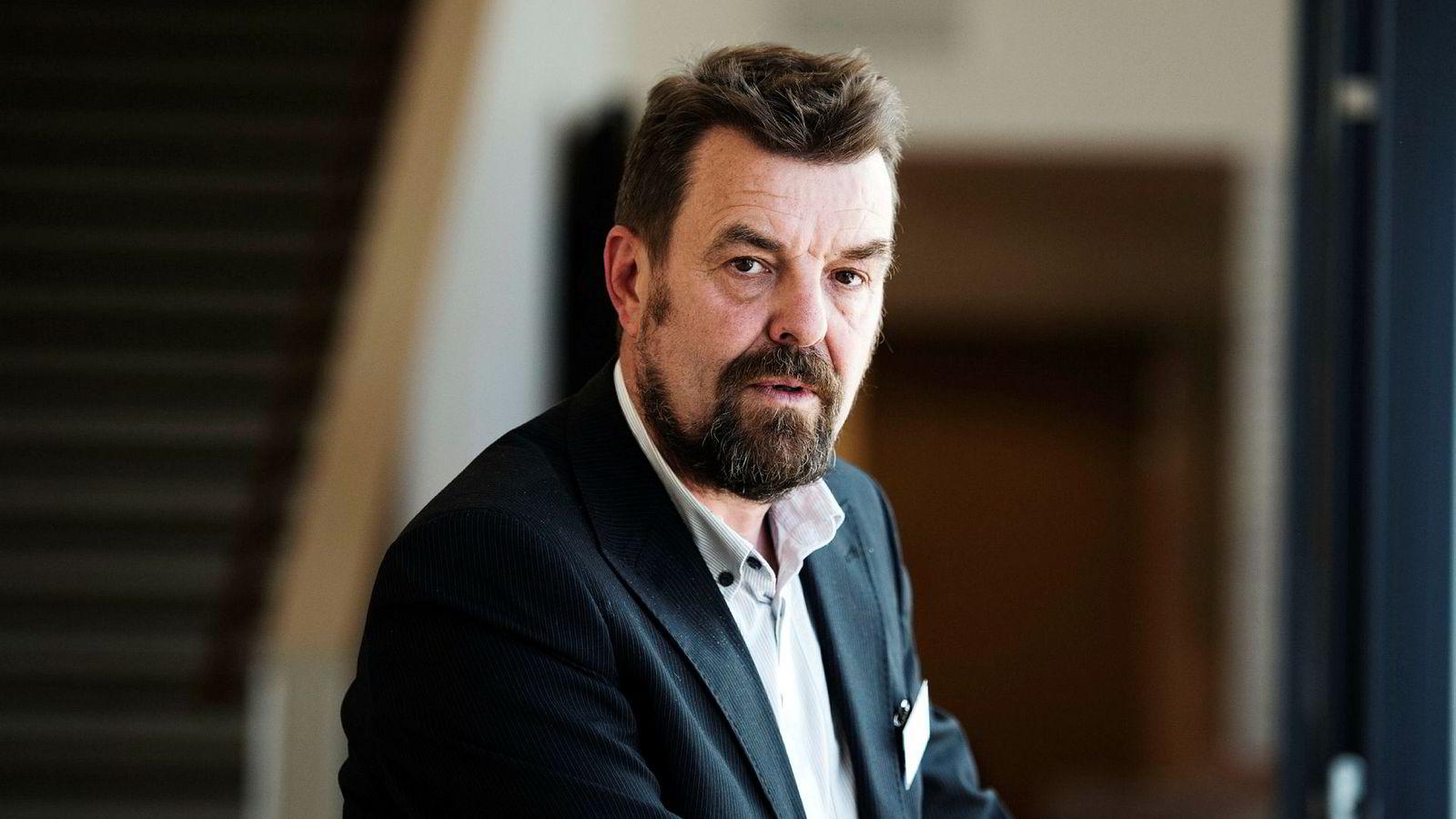 Fagsjefen for kommunikasjon og næringspolitikk i Norske Sjømatbedrifters Landsforening (NSL), Frode Reppe, vil ikke kommentere påstandene om at han vil få sparken.