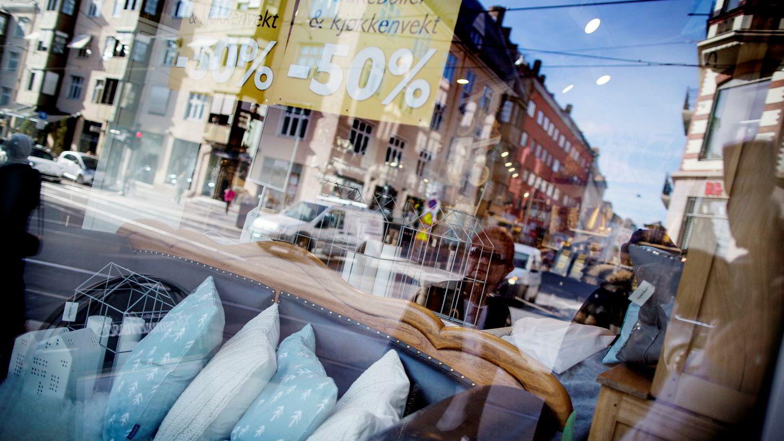 Fredag la SSB frem tall for detaljomsetningen i august. Omsetningen fra møbelbutikker bidro til en vekst på 0,6 prosent i perioden.