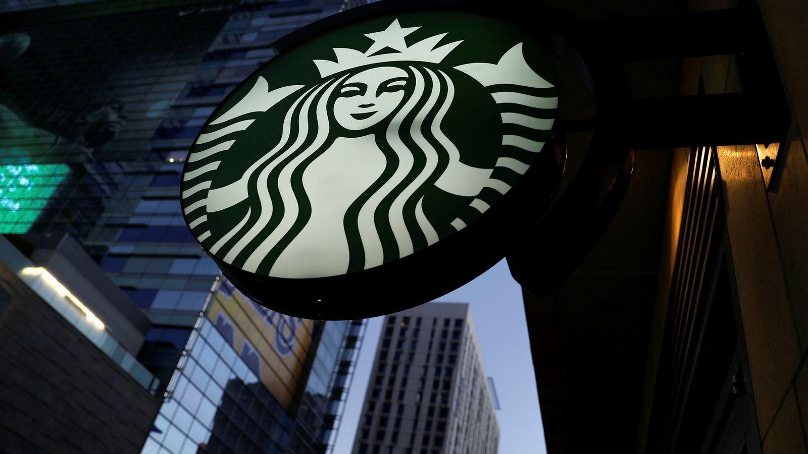 Selskaper innen detaljhandel er mer negativt påvirket etter publisering av svartelisten enn firmaer i andre næringer. I 2012 ble Starbucks boikottet av forbrukere etter at det ble avslørt at selskapet ikke hadde betalt bedriftsskatt siden etableringen i Storbritannia.