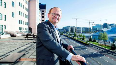 Per Einar Ruud, kredittøkonom i Bisnode, er kritisk til forslaget om å sette ned minimumskravet til aksjekapital fra 30.000 til kun en krone. Foto: Øyvind Elvsborg