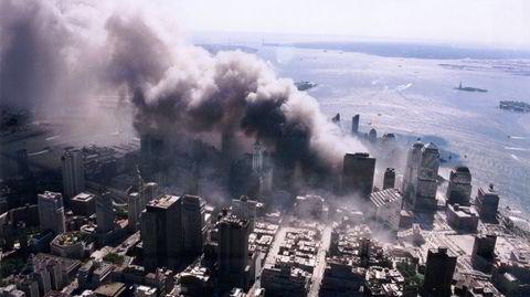 For fall. Jihadister krasjet kaprede fly inn i World Trade Center-skyskraperne 11. september 2001.