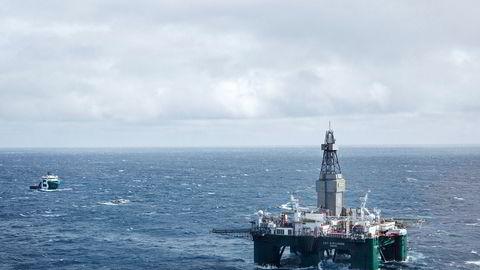 Boreriggen Leiv Eiriksson driver leteboring i Barentshavet. Lavere etterspørsel vil tvinge Norge til å droppe prosjekter i Barentshavet etterhvert som de ikke blir lønnsomme, mener Rystad Energy. Dette krymper reservene med milliarder av fat.