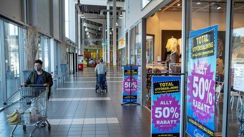 De norske kundene forsvant fra Nordby kjøpesenter i Strømstad. De kommer nok tilbake.