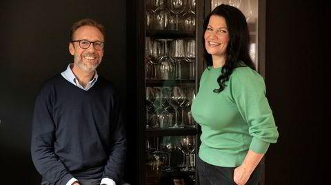 Thomas Giertsen og Merete Bø står bak DNs vinpodkast.
