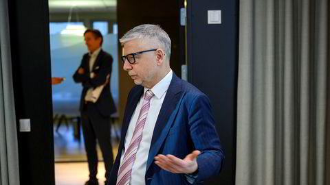 – Hovedgrunnen til at vi er optimistiske er at det ikke er noe alternativ til aksjer, sier Erik Bruce, sjefstrateg i Nordea Wealth Management. Investeringsdirektør i Nordea Fondene Robert Næss i bakgrunnen.