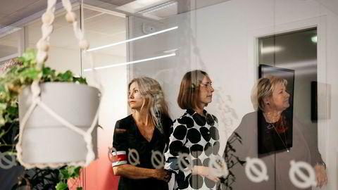 Siri Kalvig og fornybarfondet Nysnø gjør sin første internasjonale investering. Bildet er fra da statsminister Erna Solberg besøkte fondet sammen med forsknings- og høyere utdanningsminister Iselin Nybø og lovet 700 millioner nye kroner til Nysnø over statsbudsjettet.