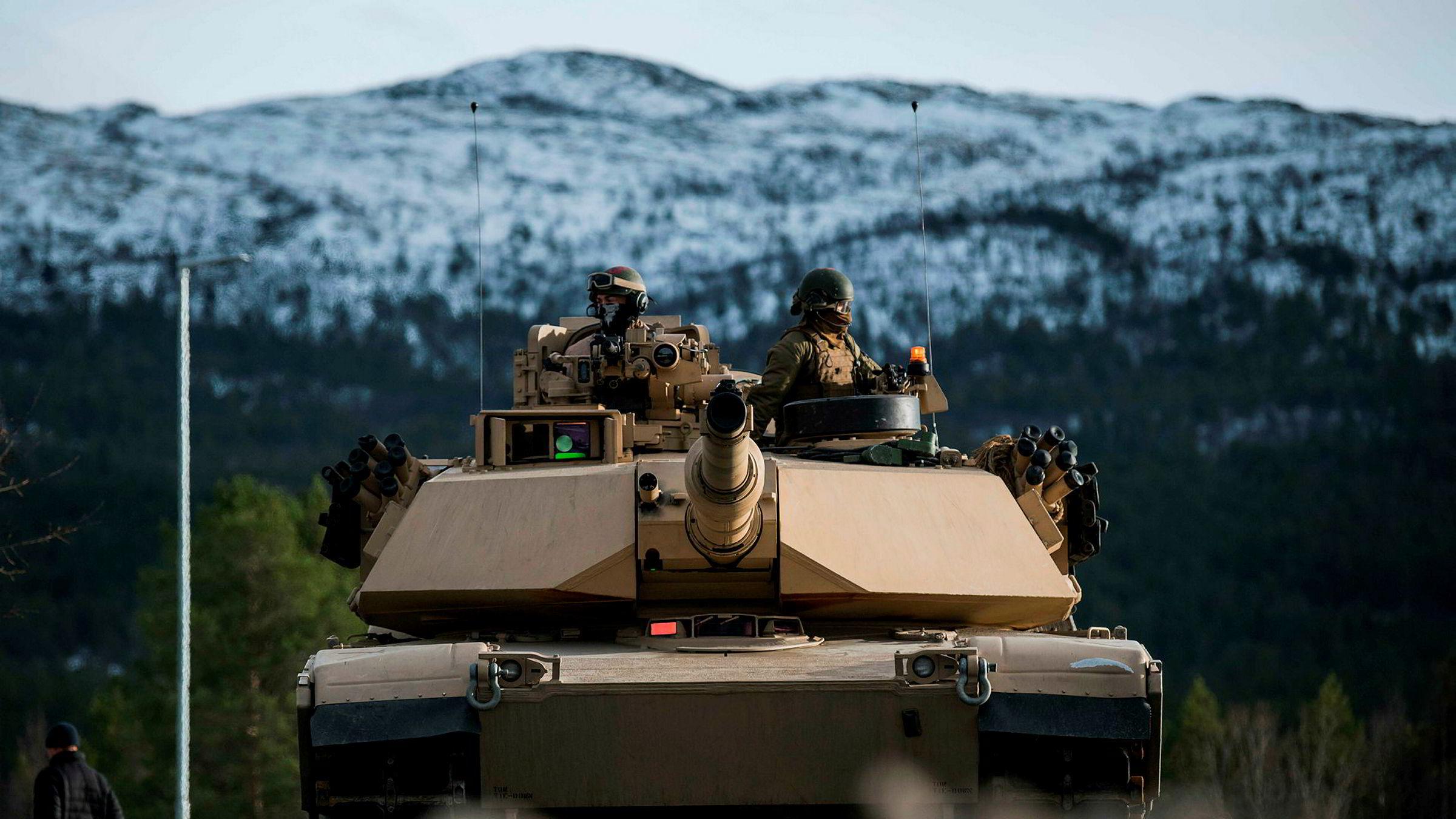 Å plassere en av brigadens bataljoner i Ofoten-området vil kunne markere en norsk vilje til å understøtte alliert hjelp og styrke den norsk-allierte forbindelsen, skriver artikkelforfatteren. Her er amerikanske marinestyrker under øvelsen Trident Juncture i 2018.