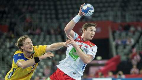 Markedsandelen til TV 2 faller i en januar uten håndball. Sander Sagosen og svenske Jesper Nielsen hjalp imidlertid MTG til en liten håndballopptur.