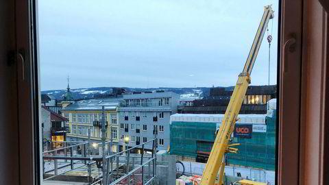 Utsikten fra rommet på Scandic Victoria Lillehammer. Hotellet gjør lite for å minne gjestene på at en utvidelse pågår frem til desember.