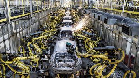 Hyundai avviste mandag ryktene om en mulig avtale om elbil-produksjon for Apple.