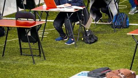 Studenten plagierte 194 ord av sin egen, tidligere eksamensoppgave. Selvplageringen førte til utestengelse siden 21-åringen ikke oppførte sin tidligere oppgave som kilde på den nye eksamenen.