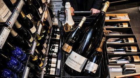 Magnumflasker kan passe til champagnefrokost på nasjonaldagen.