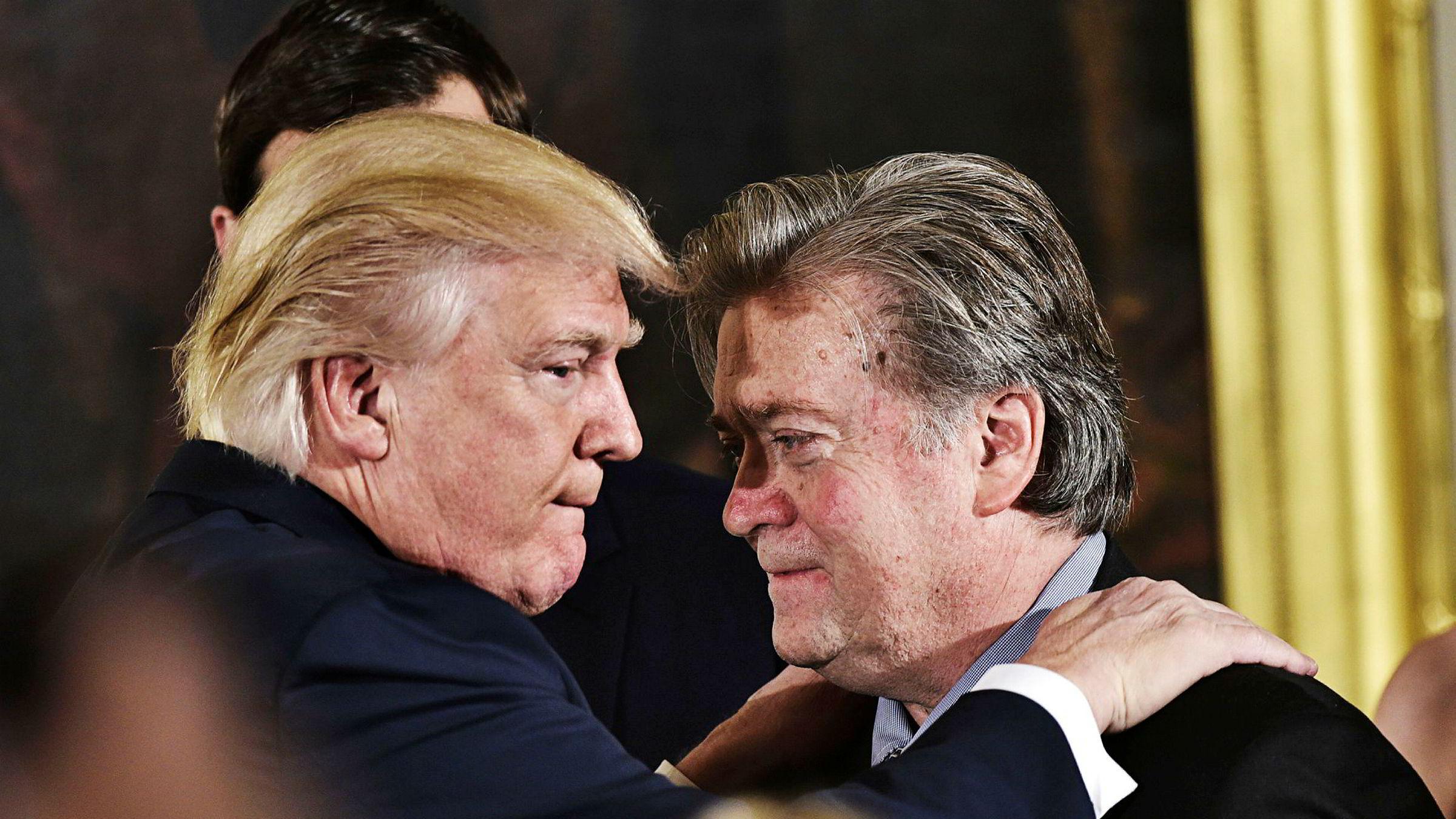 Nå langer Trump ut mot sin tidligere viktigste rådgiver, sjefstrateg Steve Bannon. Utfallene kommer etter at Bannon har uttalt seg kritisk om enkelte ting som skjedde i Det hvite hus frem til han fikk sparken i august i fjor.