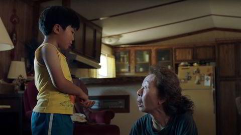 Oppveksttraumer. «Minari» skildrer en vanskeligstilt sørkoreansk innvandrerfamilie i Arkansas. Yuh-Jung Youn er Oscar-kandidat takket være rolleinnsatsen som bestemor.