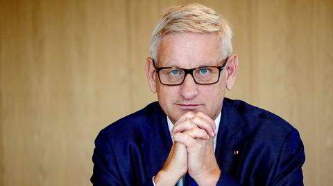 Handelsreisende i utenrikspolitikk. Den tidligere svenske stats- og utenriksministeren Carl Bildt har siden 1970-tallet ertet på seg politiske motstandere med bitende replikker. I dag er han rådgiver i utenrikspolitiske spørsmål for politikere og næringsliv over hele verden