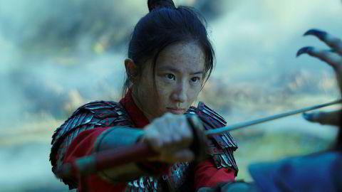 Liu Yifei spiller hovedrollen som Mulan i nyinnspillingen av Disney-klassikeren fra 1998.