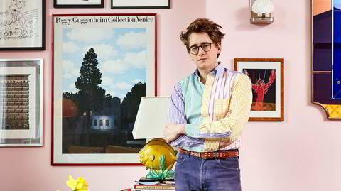 Samler. Luke Edward Hall har bodd i leiligheten i Nord-London i ti år. På den tiden har han klart å samle opp en del ting – og alt har ifølge han selv affeksjonsverdi.