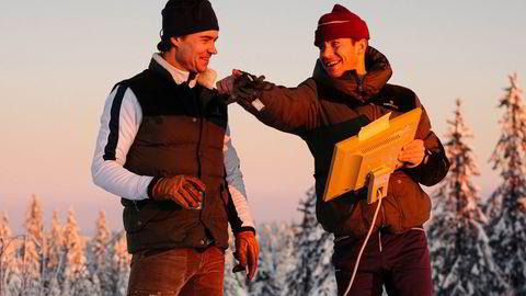 Utekontor. Ski- og fjellsportmerket Amundsen Sport har gjort stor suksess i segmentet «ung og sporty», via solid merkevarebygging. På Instagram-kontoen er det både pulker, Kvikk Lunsj, vørterøl, nikkerser og en god dose humor, her i form av utekontor i solnedgang.
