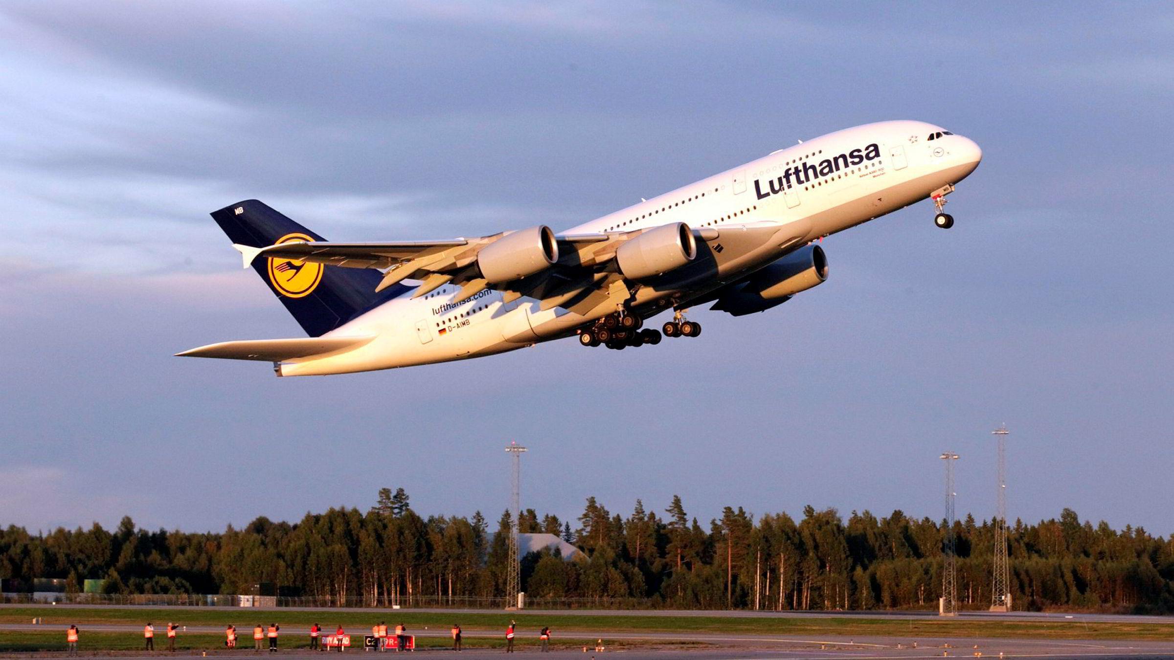 Streiken blant kabinpersonalet i Lufthansa rammer norske passasjerer torsdag og fredag.
