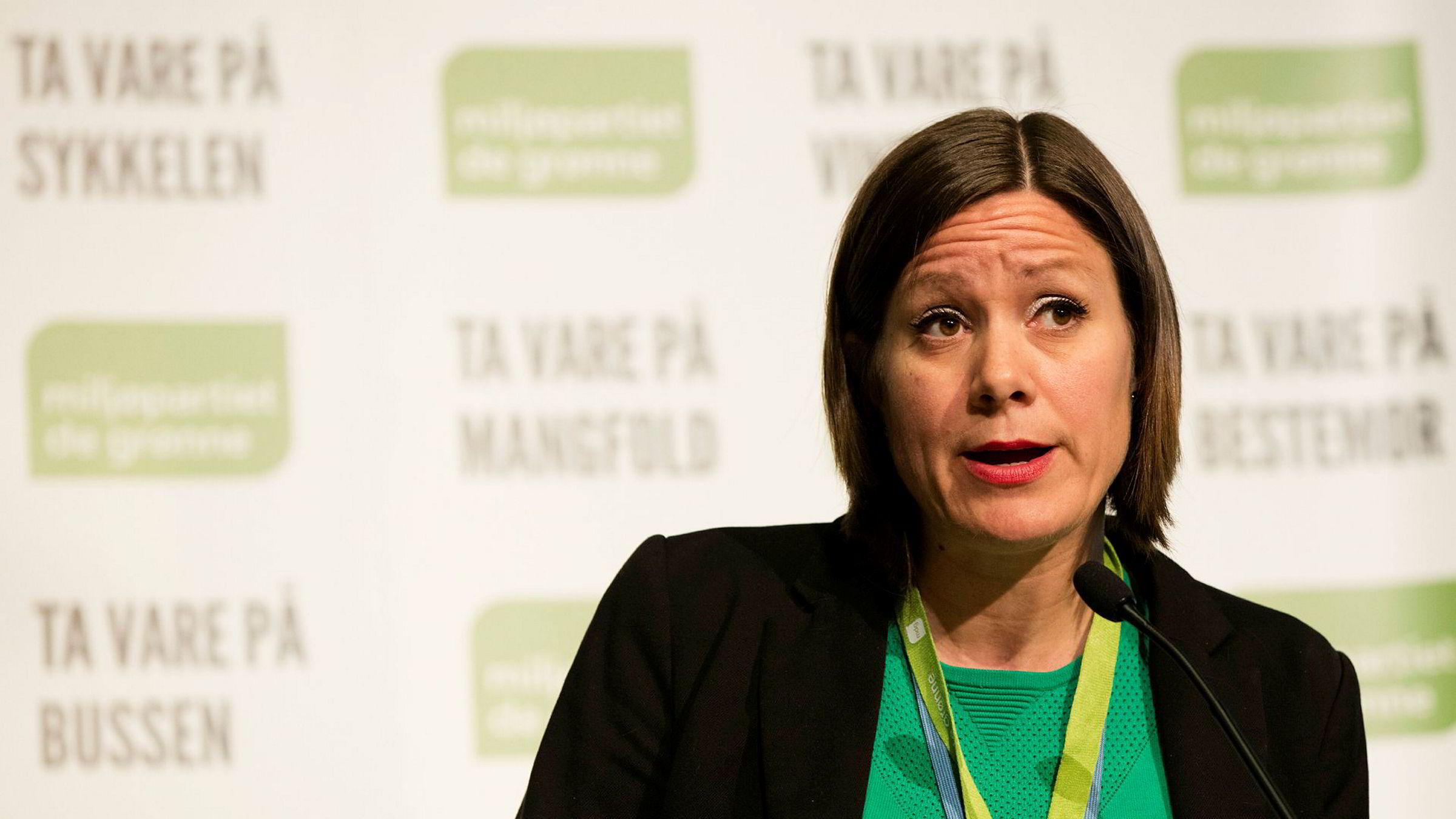 Byråd Hanna E. Marcussen for byutvikling opplyser at de jobber med saksbehandlingstiden. Her fra Miljøpartiet De Grønnes landsmøte på Lillehammer 2017.