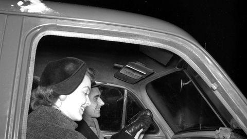 Norsk Radiolytter-Forening, som ble etablert i 2017 som en reaksjon på avviklingen av fm-nettet, er skuffet over Medietilsynets rapport om NRK. Illustrasjonsfoto fra NTB i 1955.
