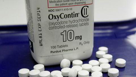 I 2007 erklærte flere ledere i konsernet som eier Purdue Pharma, seg skyldige i å gi misvisende informasjon om farene for avhengighet ved bruk av OxyContin.
