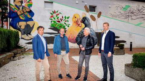Fra venstre: Kjell-Inge Arnevig, Rolf Bjerkvig, Per Eysten Lønning og Lars Prestegarden utgjør den norske kjernen i biotekselskapet Cytovation i Bergen.