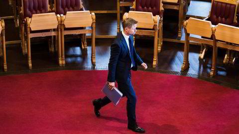 Bent Høie under spontanspørretimen i Stortinget.