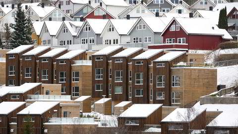 Ekspertene tror ikke på noe rush av folk som ønsker fastrente til tross for at boligprisene stiger, særlig i Oslo. Her fra Leirskallen i Nordstrand bydel, sørøst i Oslo.