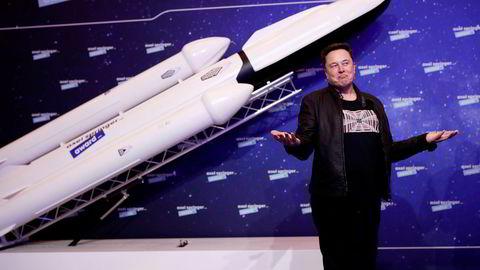 SpaceX-gründer Elon Musk vil frakte vanlige mennesker til månen.