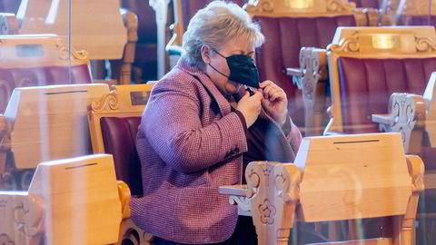 Statsminister Erna Solberg redegjorde tirsdag for Stortinget om nye koronatiltak. Det gjorde hun etter at smitten de siste dagene har økt.
