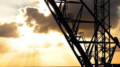 Våre oljeeksport-inntekter vil uunngåelig avta, enten ved en politisk styrt avvikling av oljevirksomhet eller ved fallende etterspørsel, skriver innleggsforfatteren.
