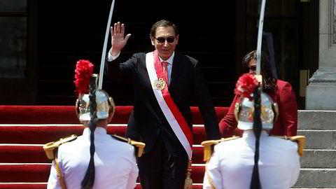 Martin Vizcarra er innsatt som Perus nye president.