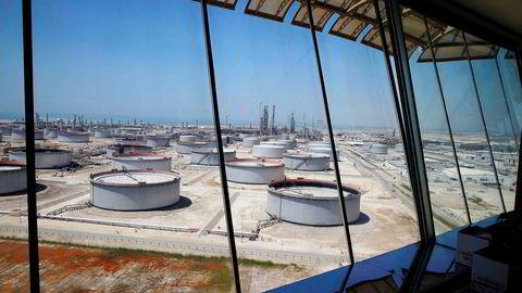 Illustrasjonsfoto, Saudi Aramcos oljeraffineri og oljeterminal Ras Tanura, Saudi-Arabia.
