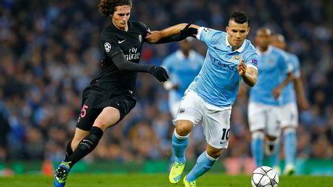 PSGs Adrien Rabiot og Manchester Citys Sergio Agüero kjempet om ballen da de to lagene møttes i Champions League i 2016. Nå er klubbene i søkelyset etter at lekkasjer viser hvordan eierne – som henholdsvis kommer fra Qatar og De forente arabiske emirater – jobbet for å omgå fotballens økonomiske fair play-regelverk.