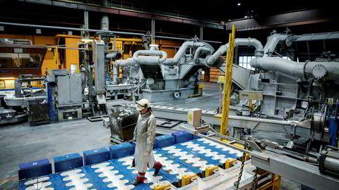 Aluminiumsproduksjonen i Hydro går stort sett som normalt til tross for det alvorlige hackerangrepet mot selskapet. Bildet er fra Hydro Husnes, tidligere Sør-Norge Aluminium AS.