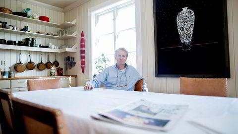 TILBAKE TIL START. Ved kjøkkenbordet hjemme på Vinderen i Oslo ble Ya Bank virkelighet i 2004. Nå slåss gründer Svein Lindbak med største eier.  Foto: Øyvind Elvsborg