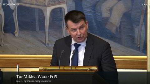 Tor Mikkel Wara talte på Stortinget omtrent samtidig som da samboeren ble pågrepet.