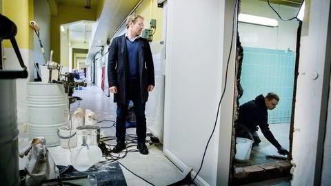 – Bare ifjor brukte vi 1,1 millioner euro på advokater, forteller Acrylicons Tor Arild Hegstad.