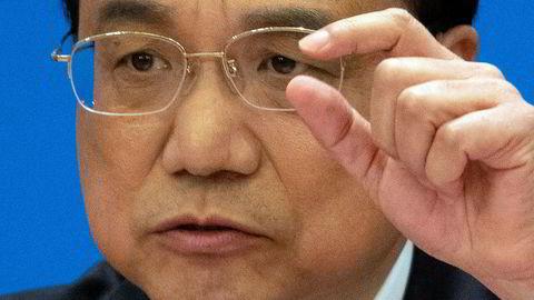 Kinas statsminister Li Keqiang holdt en sjelden pressekonferanse etter avslutningen av Folkekongressen på fredag – Kinas årlige møte i nasjonalforsamlingen. Det er svakere vekst i den kinesiske økonomien. Det ventes å fortsette de neste kvartalene.