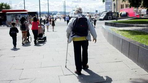 Det er på høy tid at pensjonsreformen også gjennomføres i offentlig sektor. I en situasjon der vi lever stadig lenger, og ønsker at folk skal jobbe mer, er det meningsløst å belønne folk ekstra for å gjøre det motsatte.