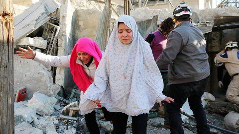 Bombingen av Aleppo kan gjøre at Russland kan glemme lettelser i det vestlige sanksjonsregimet. Foto: Ameer al-Halbi/AFP/NTB Scanpix