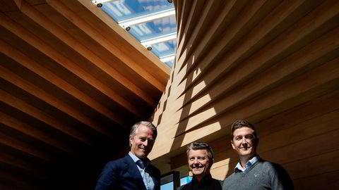 Pål Valseth (fra venstre) leder investeringsselskapet Norsk Vind, som eies av Lars Helge Helvig. Her sammen med Helvigs sønn Lars Henning Helvig.