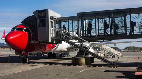 Hovedårsaken til at KPI steg med 0,5 prosent fra februar til mars. var en 17,2 prosents økning i prisene på flyreiser, skriver SSB