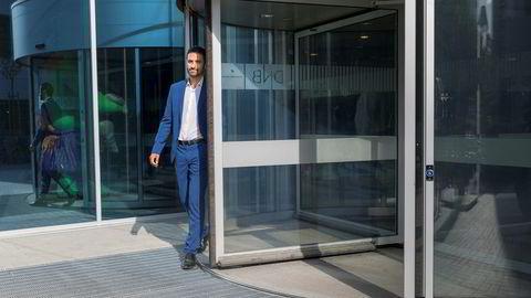 Forvalter Shakeb Syed og DNB Asset Management opprettholder en overvekt i aksjer i en balansert investeringsportefølje.