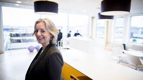 HR-direktør Elisabeth Melander Stene blir begeistret når studenter møter forberedt til jobbintervju. Foto: Gunnar Blöndal