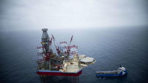 Verdien av oljeeksporten sank marginalt, men det var en større nedgang i gass- og fastlandseksporten i juli. Illustrasjonsbilde tatt i Nordsjøen. Foto:
