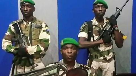 Soldater tok mandag kontroll over den statlige kringkastingen i Gabon, og oppfordret folket til å gjøre opprør mot regimet til president Ali Bongo. De siste meldingene går nå på at kuppet var mislykket.