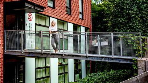 Elisabeth Holien, leder av Velferdstinget i Oslo og Akershus, mener det bygges altfor få studentboliger i Oslo, slik som denne SiO-blokken i Pilestredet i Oslo. Lav dekningsgrad i tillegg til et tøft leiemarked gjør at nye studenter i hovedstaden går en tøff tid i møte, mener hun.
