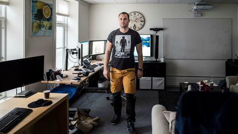 Ole-André Torjussen er eier av Bitcoins Norge as. Her er han fotografert på kontoret i Stavanger sentrum.